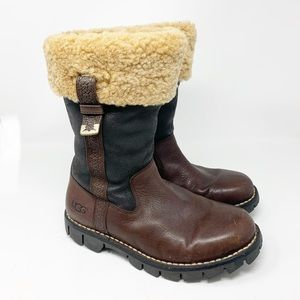 UGG Shearling ARAPAHOE Boots Fold Over Buckles